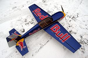 Extra 300 LP Red Bull